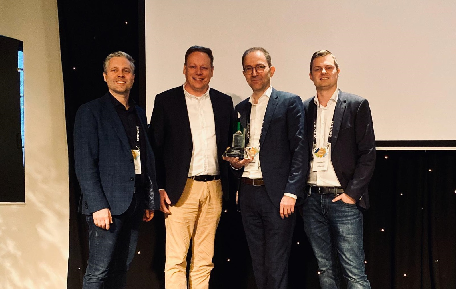 Intermax wint VMware Most Promising Cloud Partner of the Year Award